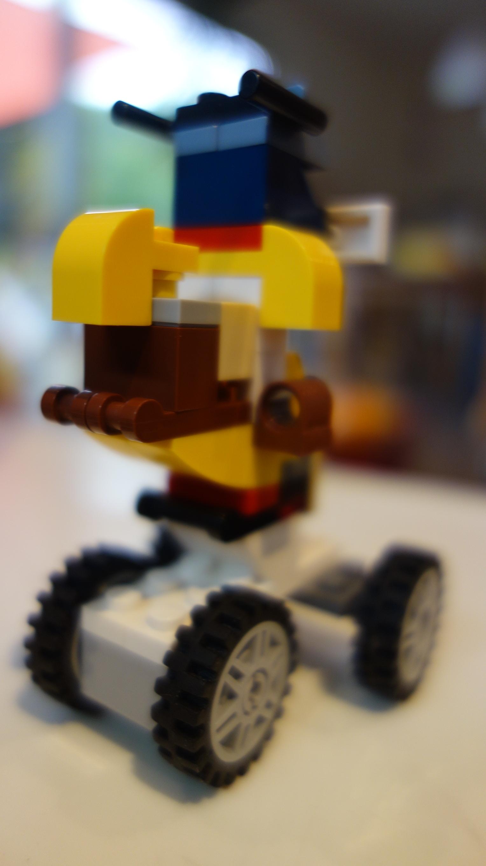 Autoroboter Leonas