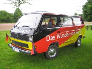 Der Weltmeisterbus aus Siegen bereiste in 2006 ganz Deutschland